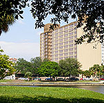 Howard Johnson Plaza - Tampa, Florida Hotel